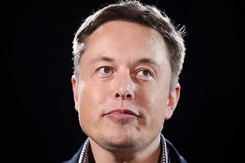 Musk pierde millones de dólares después de aparecer en un 'late night'