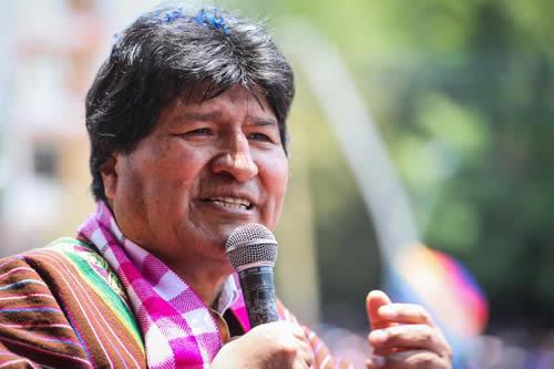 Evo Morales cree que proyecto para tierras indígenas en Brasil podría causar un genocidio
