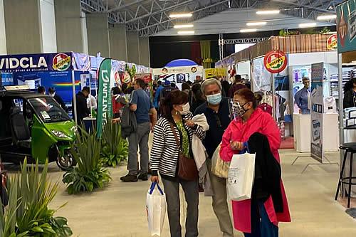 """Feria """"Hecho en Bolivia"""" recibió más de 5.000 visitantes en su primera edición"""
