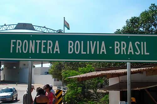 Gobierno evaluará cierre de fronteras con Brasil de acuerdo al comportamiento del coronavirus en ese país