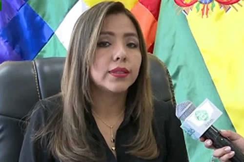 Viceministra Alcón: El Estado garantiza la libertad de prensa tras la recuperación de la democracia