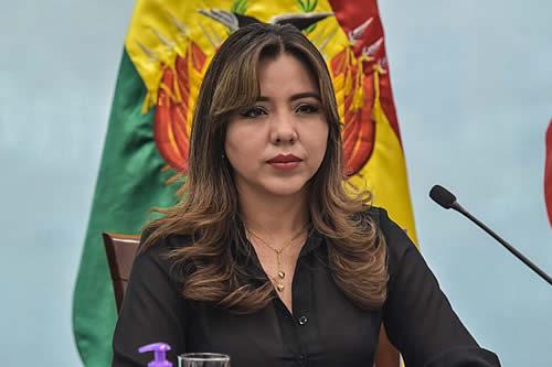 Viceministra Alcón: Vamos a tener una dotación importante de vacunas para reactivar la campaña y darle celeridad