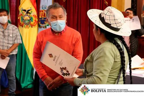 Gobierno galardona la trayectoria del artista Gonzalo Hermosa, de Los Kjarkas