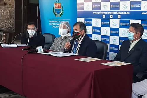 Gobernador de Cochabamba fija restricciones para 14 días y advierte que 'sí o sí tiene que haber sanción'
