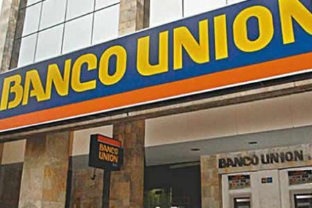 Banco Unión entrega lista de 18 presuntos implicados en desfalco