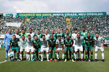 El Chapecoense empata con el Palmeiras en el primer partido tras accidente