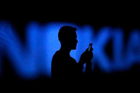 Cómo Microsoft tiró a la basura los 7.200 millones de dólares que le costó Nokia
