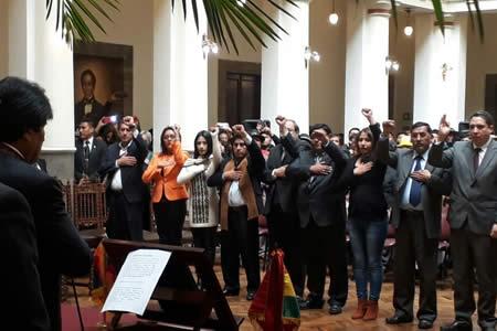 Morales incorpora a 9 nuevos y desaparecen de dos carteras