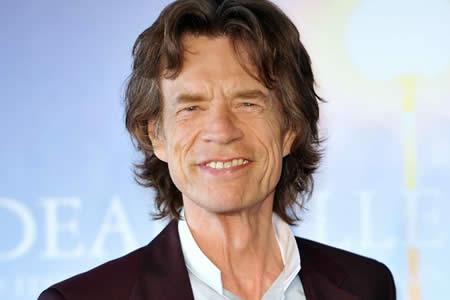 """Jagger """"no recuerda"""" haber escrito sus memorias pese a la existencia de copia"""