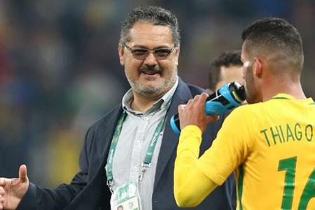 La CBF despide al técnico que conquistó el inédito oro olímpico de Brasil
