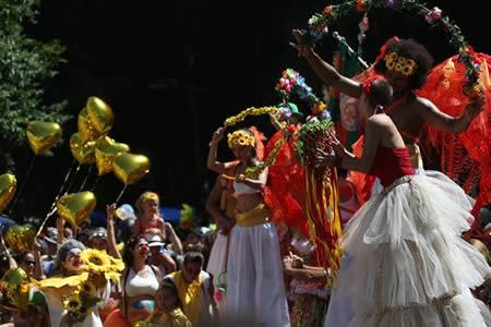 Escuelas de samba de Río redujeron costos este año por falta de patrocinador