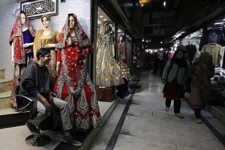 La Cachemira india pone coto de invitados a las bodas ostentosas