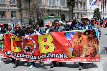 Mitma: Gobierno mostró debilidad política ante los conflictos sociales