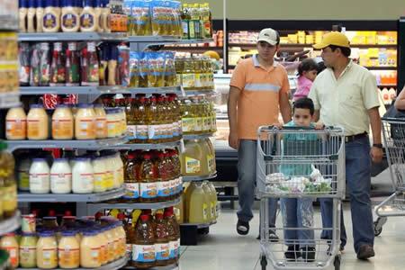 La confianza del consumidor brasileño alcanza su mejor nivel en 26 meses