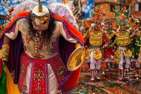 El Carnaval de Oruro: Donde diablos bailan para la Virgen