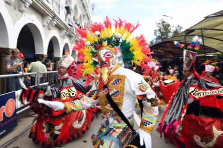 Alanoca: Cálculos preliminares establecen que al menos 426.000 turistas participaron en Carnaval de Oruro