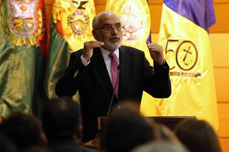 Expresidente Carlos Mesa reivindica 24 años de democracia boliviana