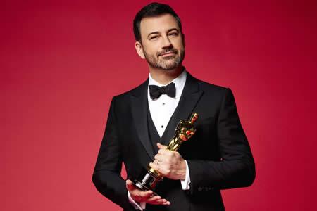 El humor de Kimmel lidiará entre las actuaciones musicales y la política