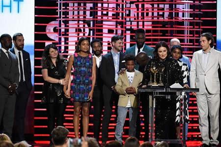 """""""Moonlight"""" arrasa en los premios Spirit y toma impulso para los Óscar"""