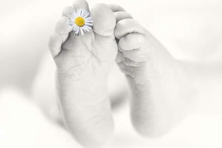 Deciden dar a luz a su hija sin cerebro para poder salvar vidas donando sus órganos