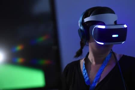 Gafas de realidad virtual de Sony se acercan al millón de unidades vendidas