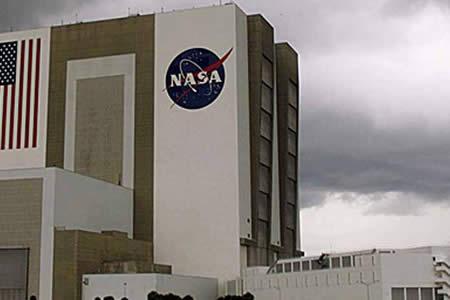 """La NASA pide superar """"dificultades políticas"""" y compartir datos espaciales"""