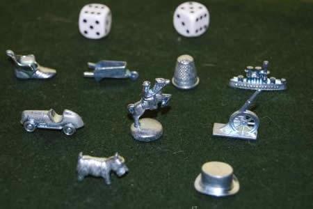 El Monopoly jubila las fichas de la bota, la carretilla y el dedal