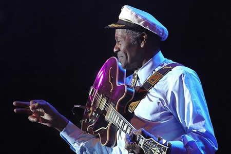 """Chuck Berry, el músico que """"juntó las piezas"""" para inventar el Rock and Roll"""