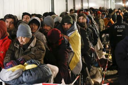 Casi el 25 % de las empresas alemanas ha empleado refugiados desde 2014