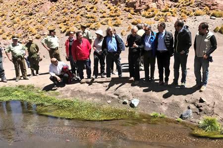 Canciller chileno dice que Silala fluye de forma natural de Bolivia a Chile