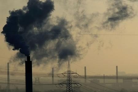 Científicos elaboran una guía para reducir emisiones a la mitad cada década