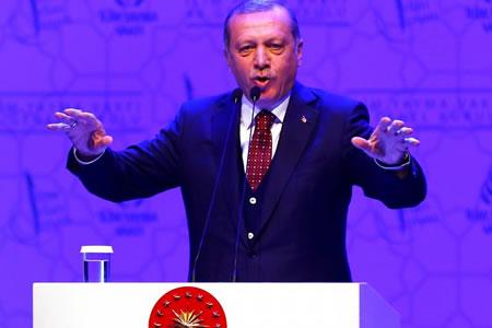 """Erdogan a Europa: """"Si me llaman dictador, les llamaré nazis"""""""