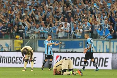Gremio se cita con Lanús en la final de la Copa Libertadores