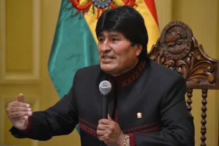 Morales recuerda creación de Antofagasta como territorio de Bolivia y dice que Chile tuerce la historia