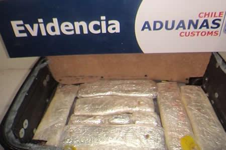 Chile: Dan prisión preventiva a 3 bolivianos por narcos
