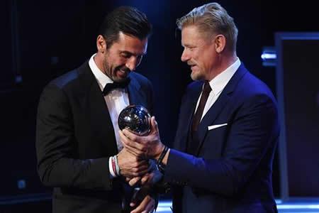 """Buffon: """"Es una satisfacción ganar este premio con casi 40 años"""""""