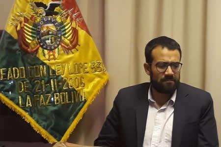 Empresarios confían en buen desempeño del nuevo Director del INE