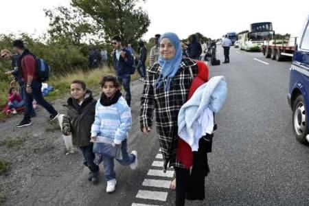 Los ataques violentos a centros de refugiados siguen en máximos en Alemania