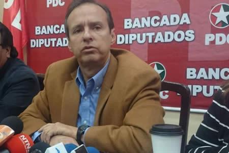Tuto cree que García solo busca excusas para no debatir
