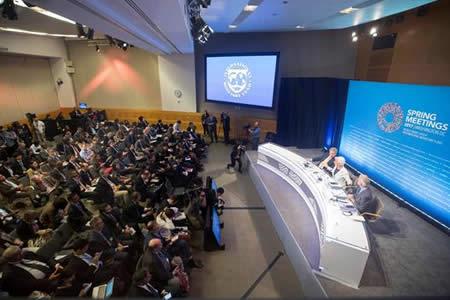 """BM asegura que si niega cambio climático perdería """"toda su credibilidad"""""""