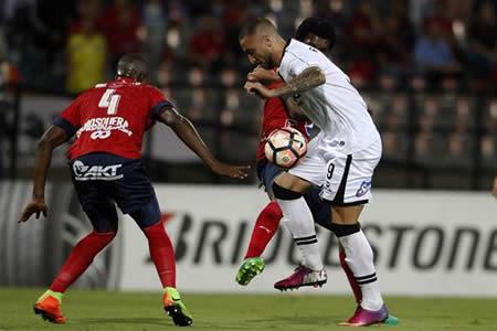 Medellín vence con claridad y se mete en la lucha por la clasificación