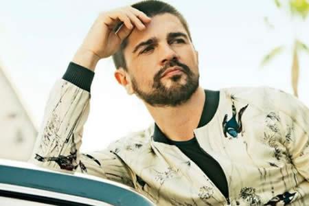 """Juanes inicia la preventa de su álbum visual """"Mis planes son amarte"""""""