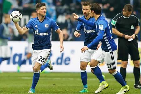 El Schalke frustra al Leipzig