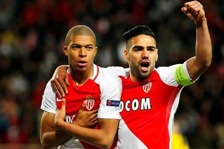Falcao y Mbappé devuelven el liderato al Mónaco
