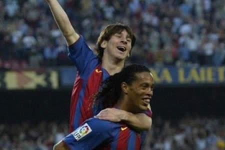 "Ronaldinho: ""Leo, hermano, yo te regalé el primer gol"""