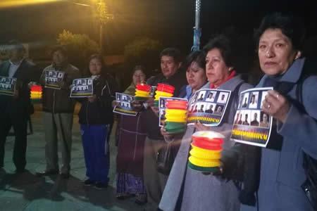 """Familiares de 9 bolivianos detenidos califican de """"injusta"""" resolución de Corte Suprema de Chile"""