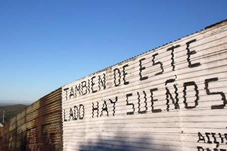 Trump y republicanos sacan el muro con México de negociación del presupuesto