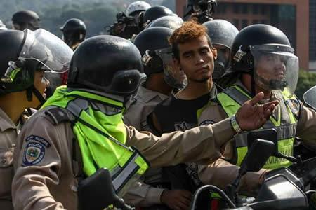 Detienen a 28 personas por hechos violentos en oeste de la capital venezolana