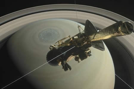 La nave Cassini entra en los anillos de Saturno, última fase de su misión