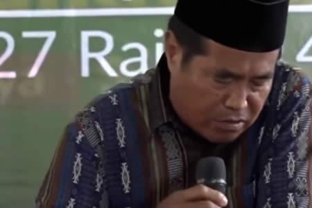 Fuerte video: Famoso orador muere en directo mientras recitaba versos del Corán